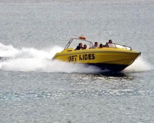 Speedboat_geograph-bob-abel connaître le permis bateau